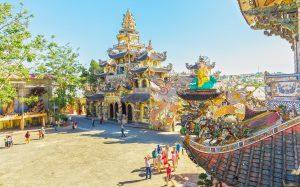 Trai Mat, Linh Phuoc Pagoda
